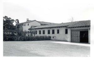 Garage Service Yard