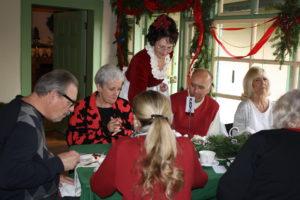 Holiday Tea16 service