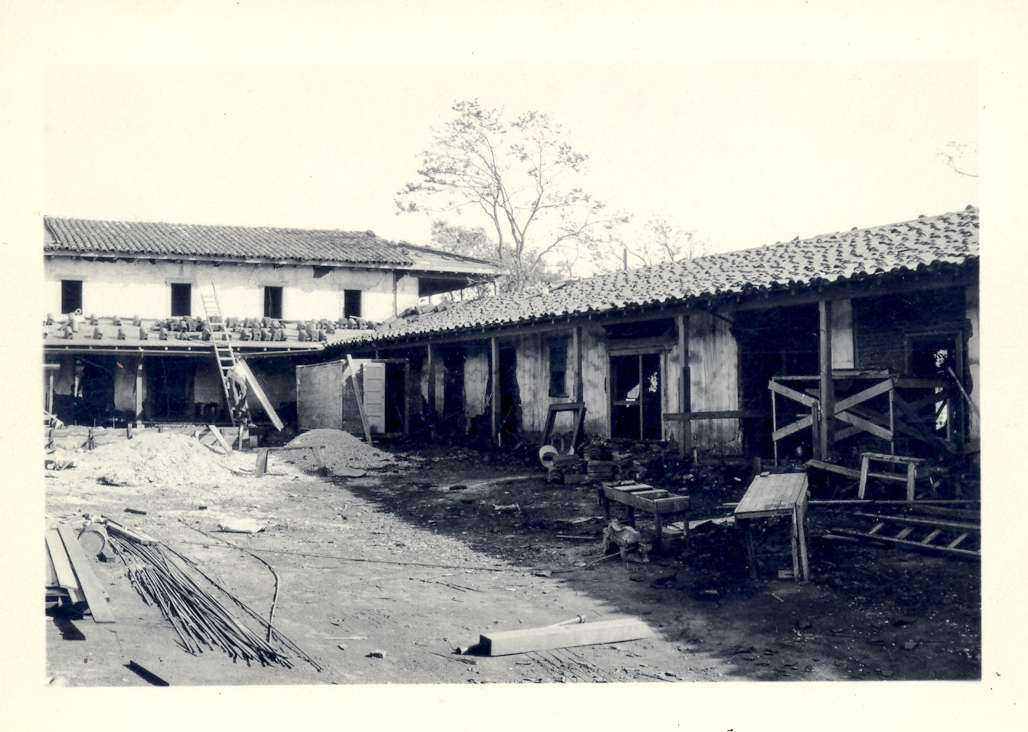 Courtyard and tile roof under construction. October 1930